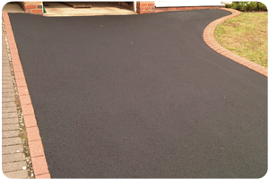 Large driveway cleaning KT11